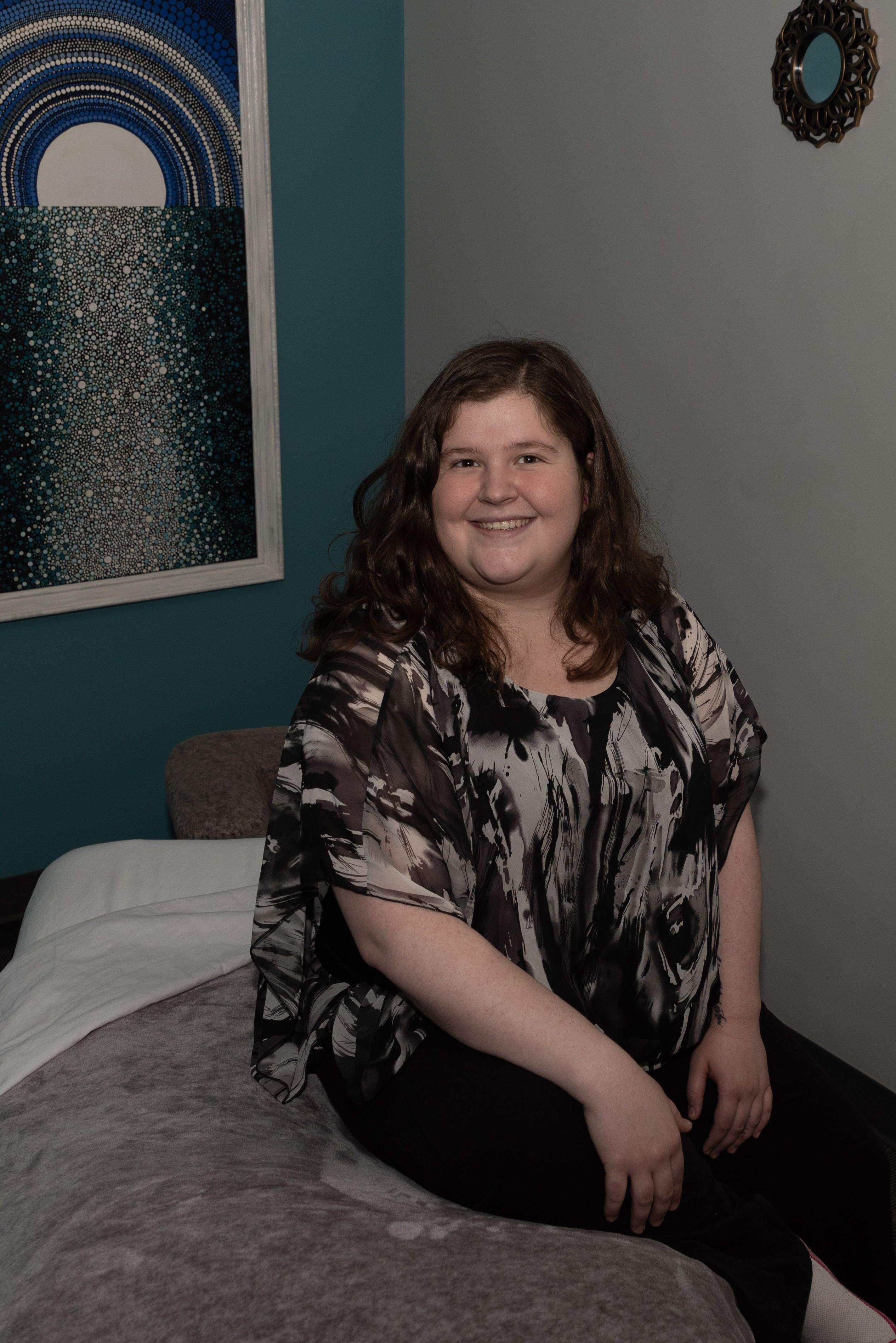 Therapist Thursday Our lovely Lindsey Kunz has been with
