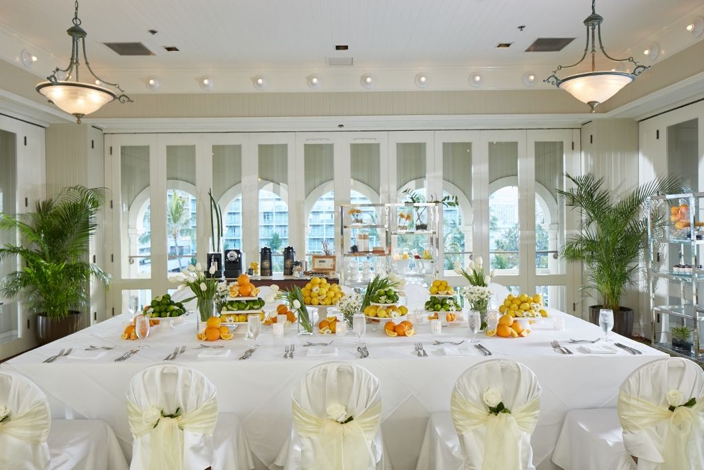 Simple Citrus And Tulip Decor For A Crisp Summer White Wedding Breakfast At The Moana Surfrider