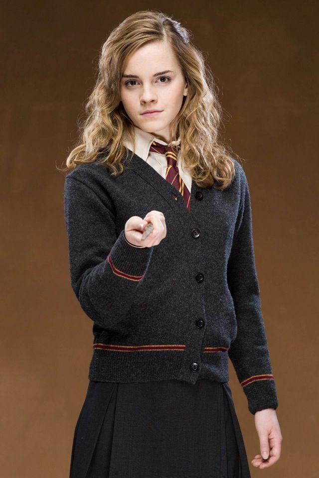 Harry Potter Fall Wallpaper Publicity Shot Of Emma Watson As Hermione Granger In Harry