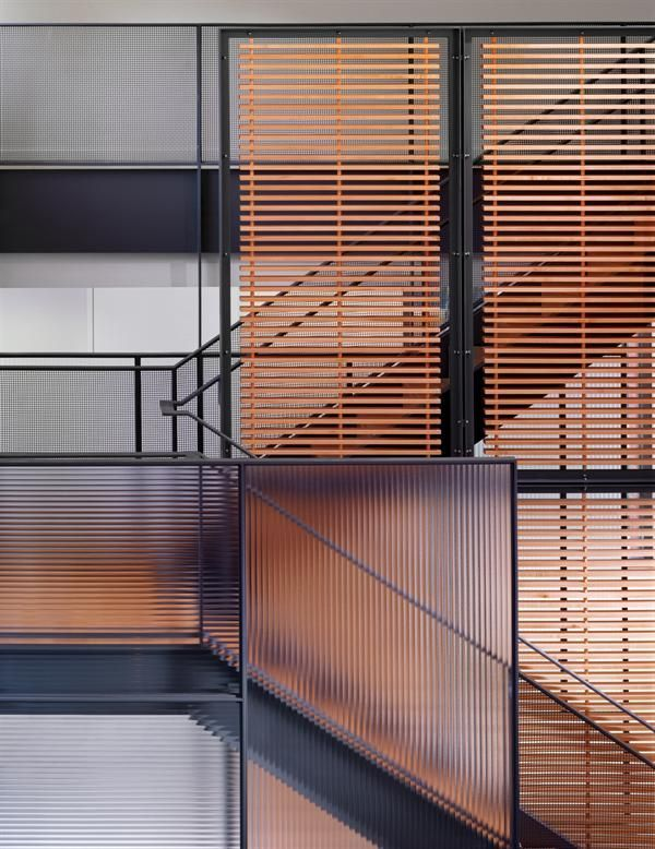 Best Metal Stairs Incorporating Wood Slats And Ribbed Glass 640 x 480