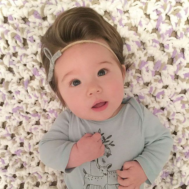 20 Babies Born With The Fullest Heads Of Hair You Ve Ever Seen Cute Babies Baby Hairstyles Beautiful Babies