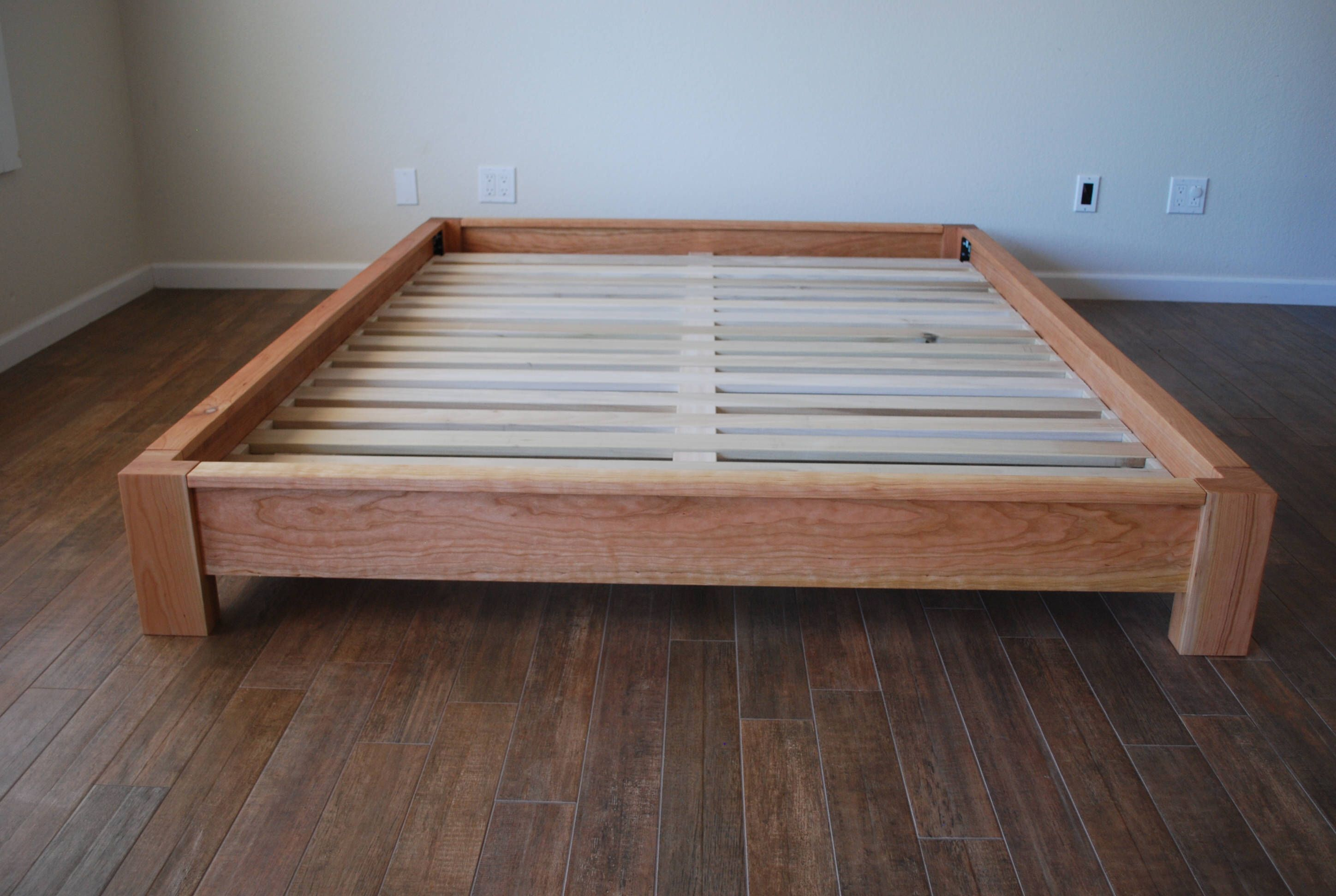 Low Profile Platform Bed In Cherry Simple Bed Frame Solid Hardwood Bed Twin Full Queen King Available With Headboard Quartos Mdf