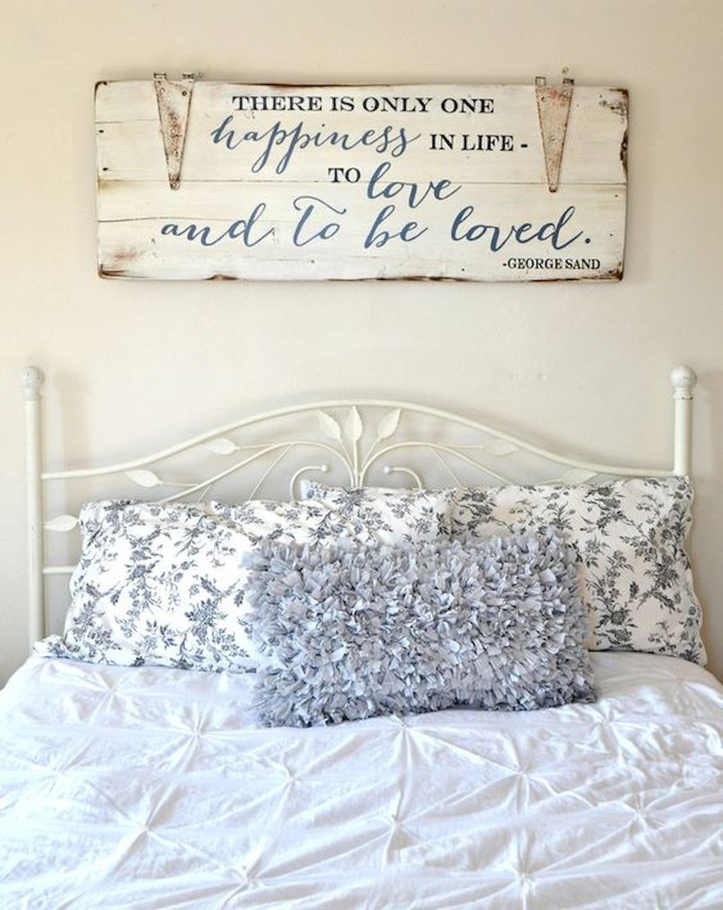 55 Farmhouse Style Master Bedroom Decoration Ideas Master