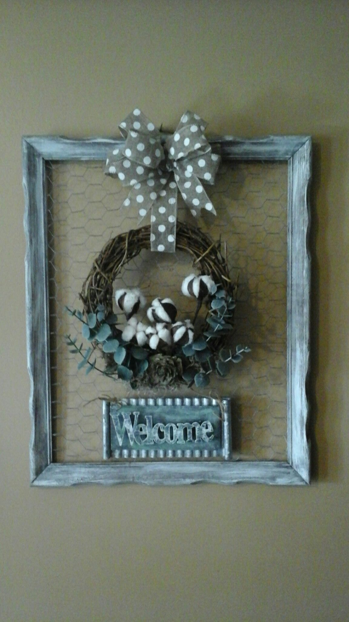 Chicken wire, old picture frame farmhouse wreath (With