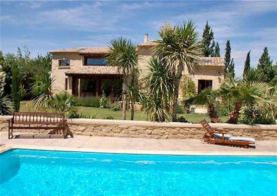 Location à CASTILLON DU GARD \ - location vacances provence avec piscine