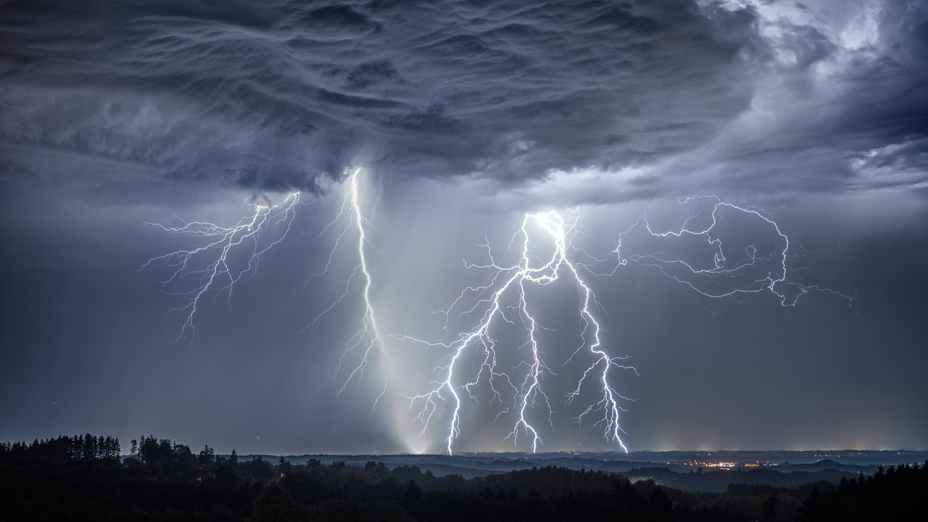 Lightning Thunder Sky Lightning Strikes Cloud Thunderstorm Storm Phenomenon Darkness Cumulus Meteo Lightning Photography Wallpaper Earth Thunderstorms