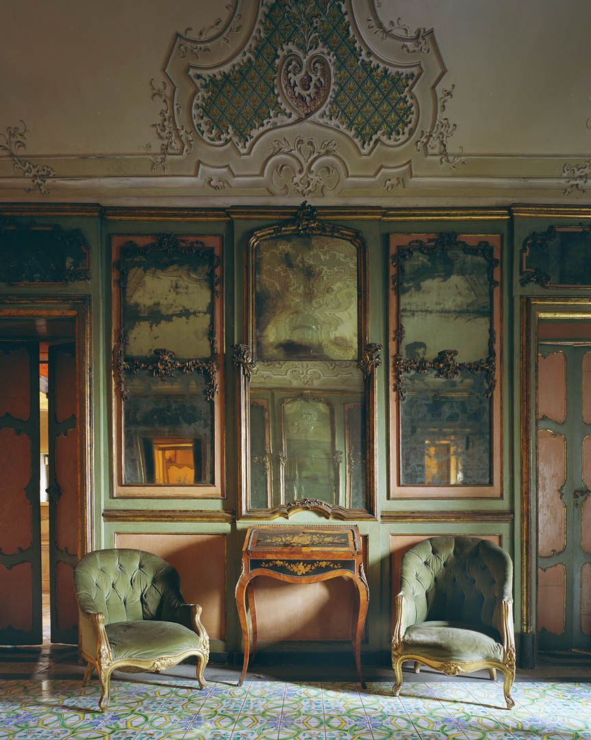 Italy - Interior, Catania, Michael Eastman