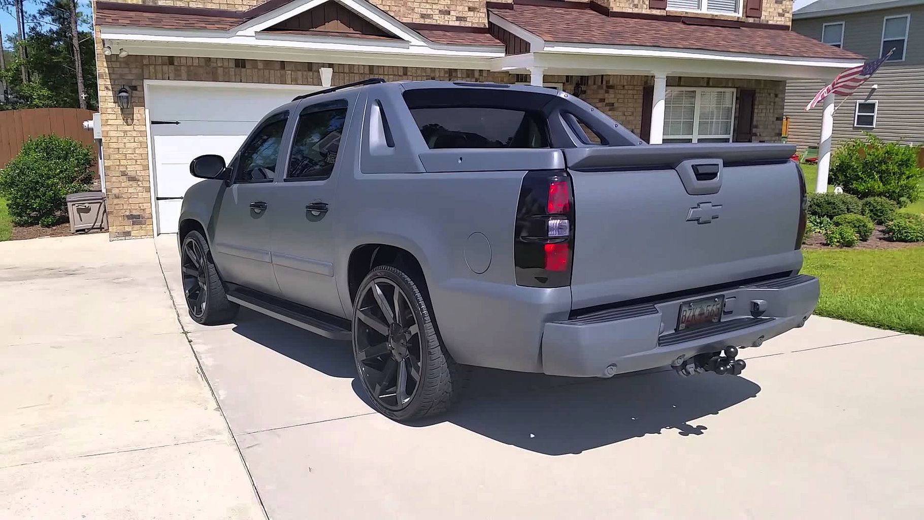 The 25 best chevy avalanche ideas on pinterest avalanche truck chevy silverado rims and 2007 suburban