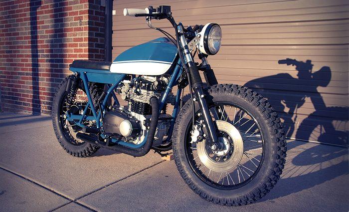 Kawasaki KZ400 Scrambler