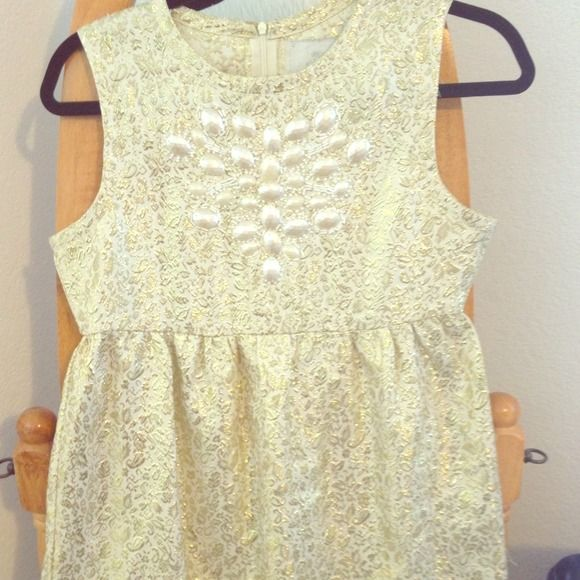 Price Reduction! Rare Vintage Gold Dress! A find! Beautiful never worn vintage style gold dress. Great for any occasion! Dresses
