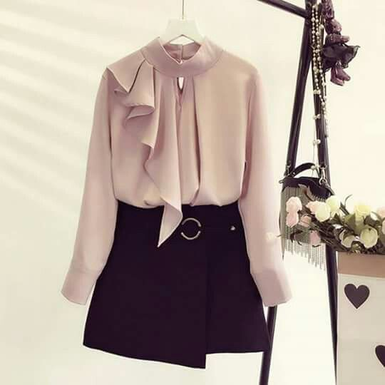Pin By Toot On فاشن Fashion Tops Blouse Girly Fashion Fashion