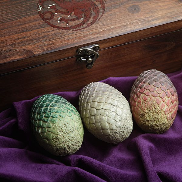 Collectible wooden dragon egg box (with 3 eggs) | ThinkGeek