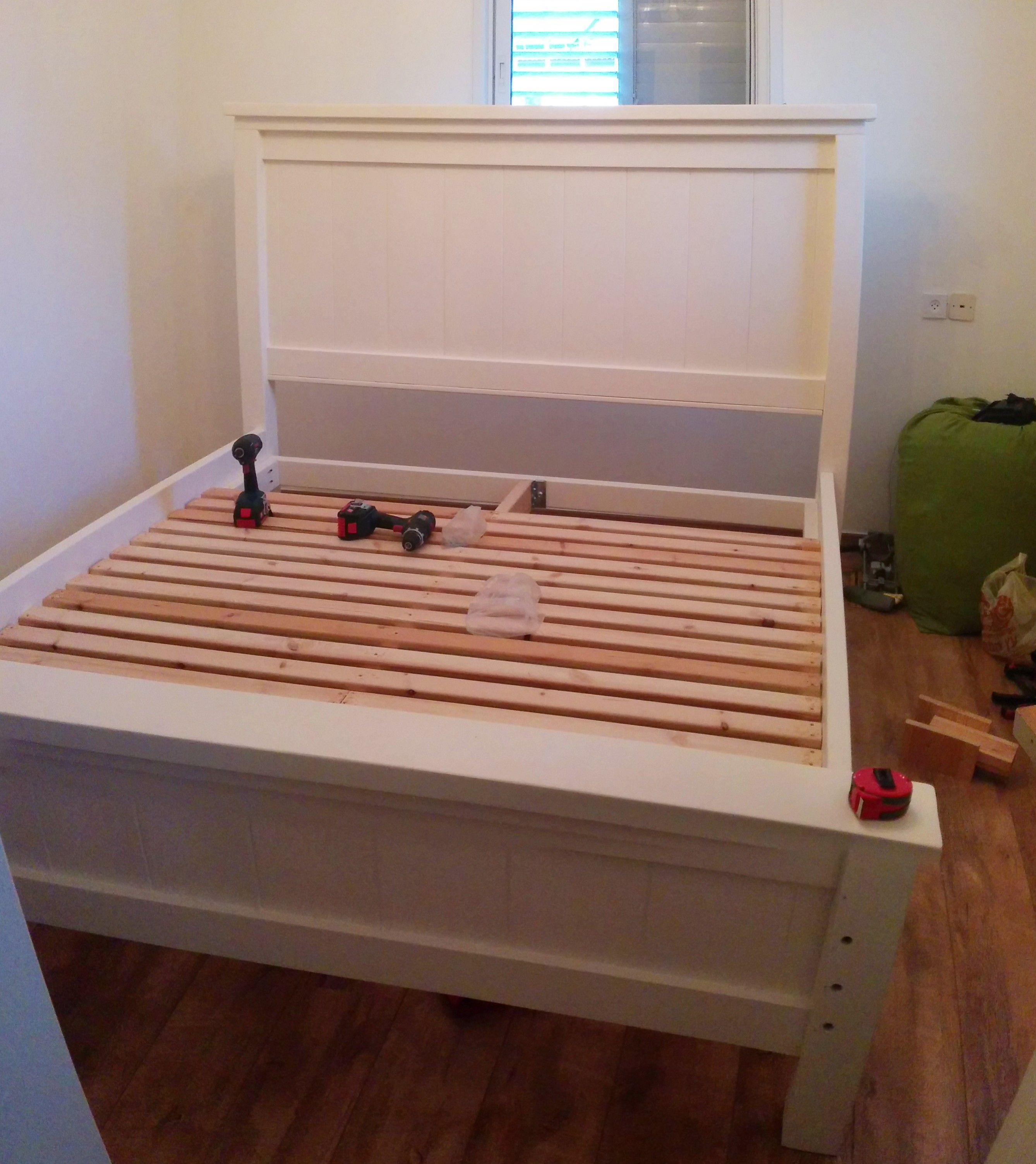Ana white modified farmhouse king bed plans diy