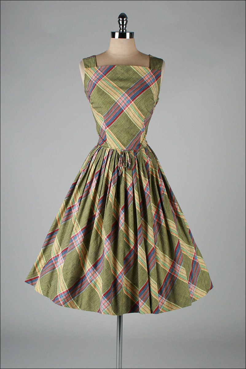 Vintage 1950 S Dress From Millstreet Vintage Vintage Short Dress Vintage Dresses Modern Vintage Dress [ 1200 x 801 Pixel ]