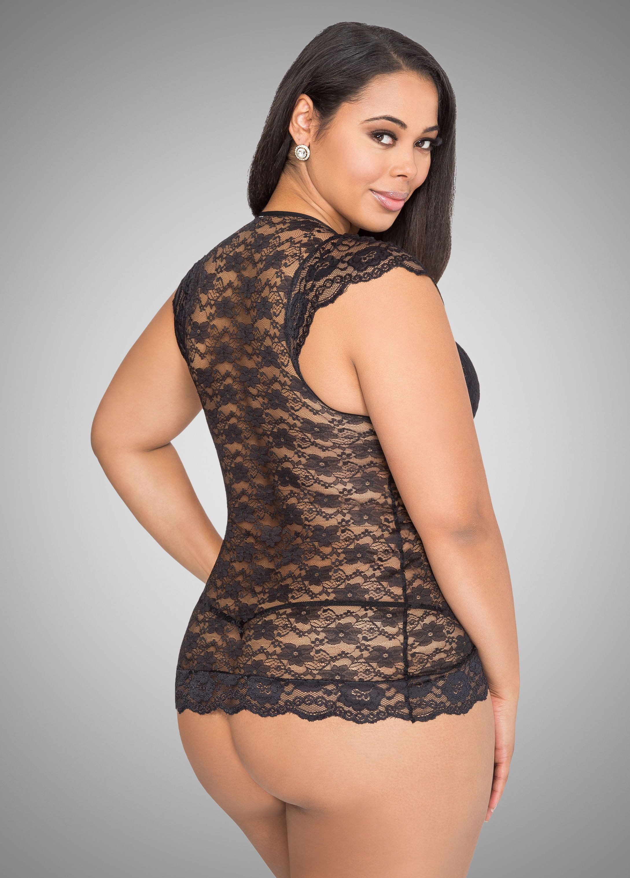 89f8bb246393d Plus size model Tabria Majors