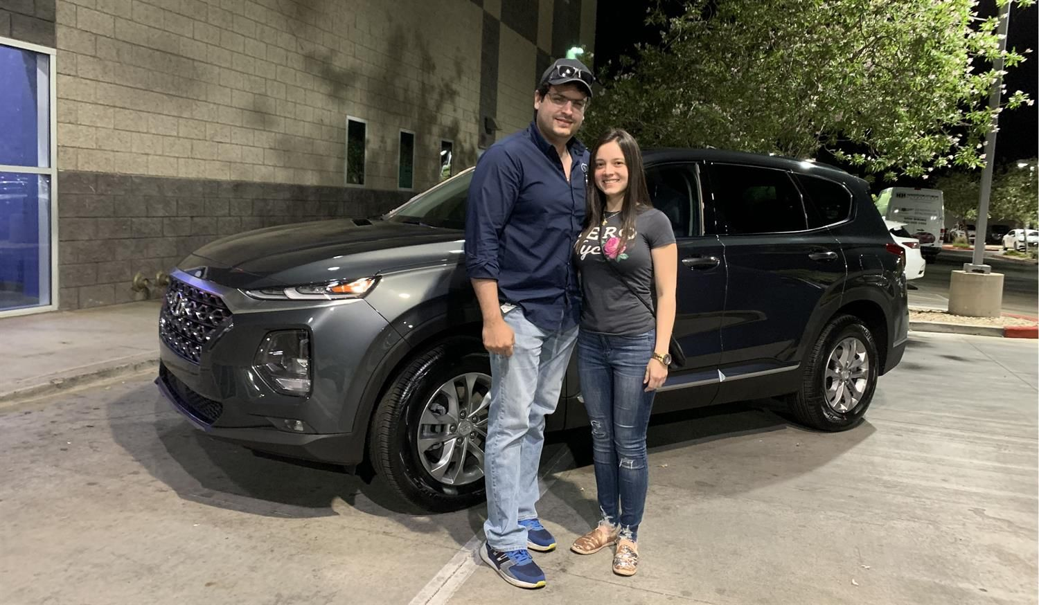 Ricardo We Hope You Enjoy Your New 2020 Hyundai Santa Fe Congratulations And Best Wishes From Henderson Hyun New Hyundai Hyundai Dealership Hyundai Santa Fe