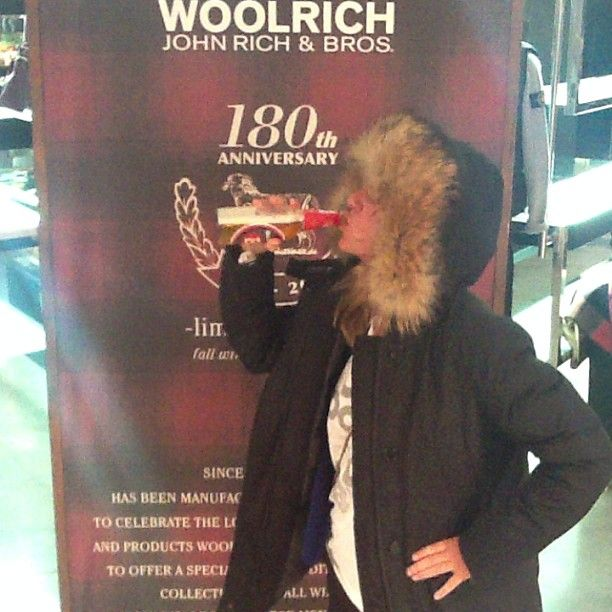 What does a parka make me feel? Toño y ana sois los mejores y lo sabeis @Adriana Medrano #yubeloveswoolrich