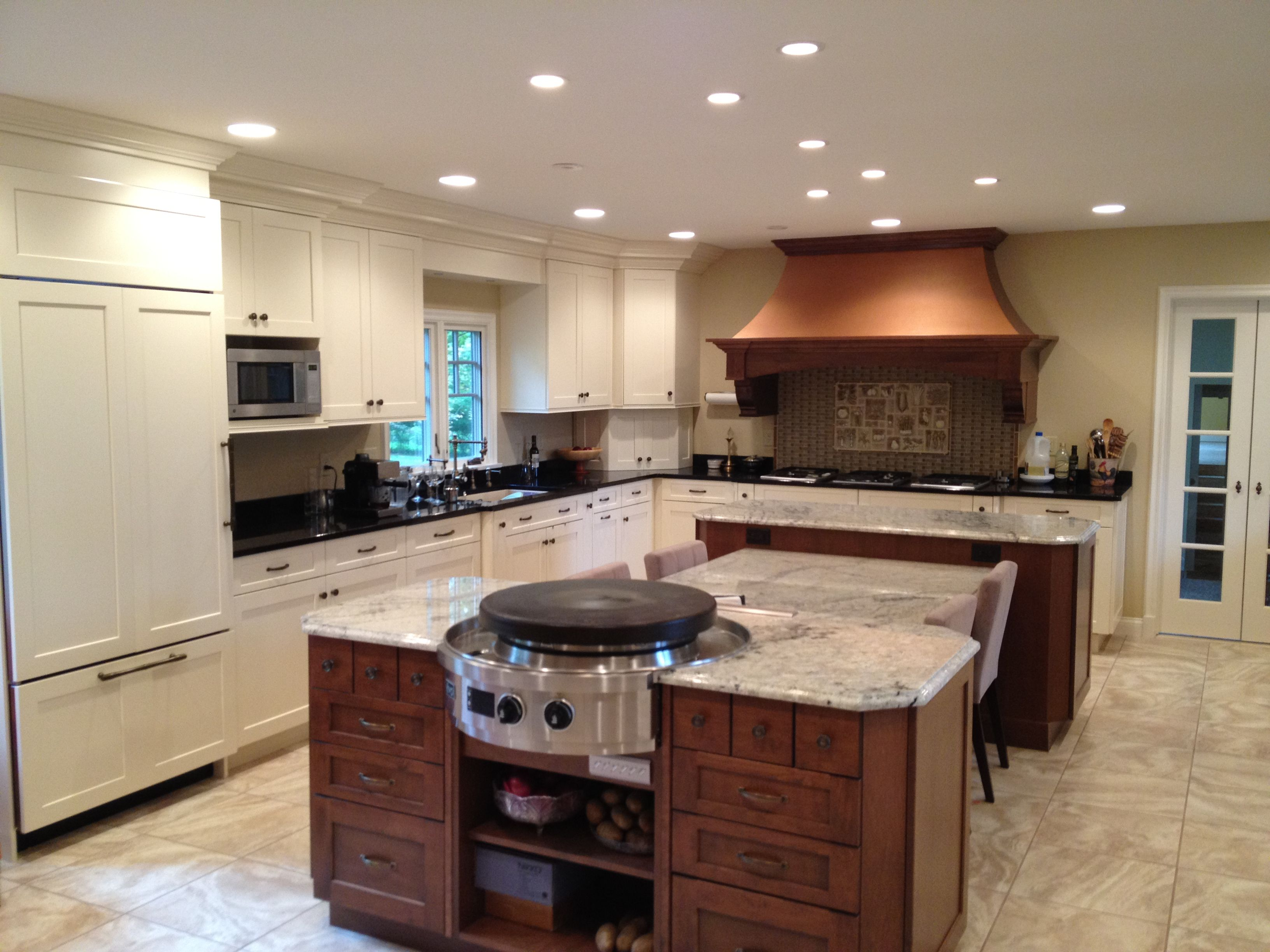 Beautiful kitchen remodel with a built-in Evo Affinity 25E Circular ...