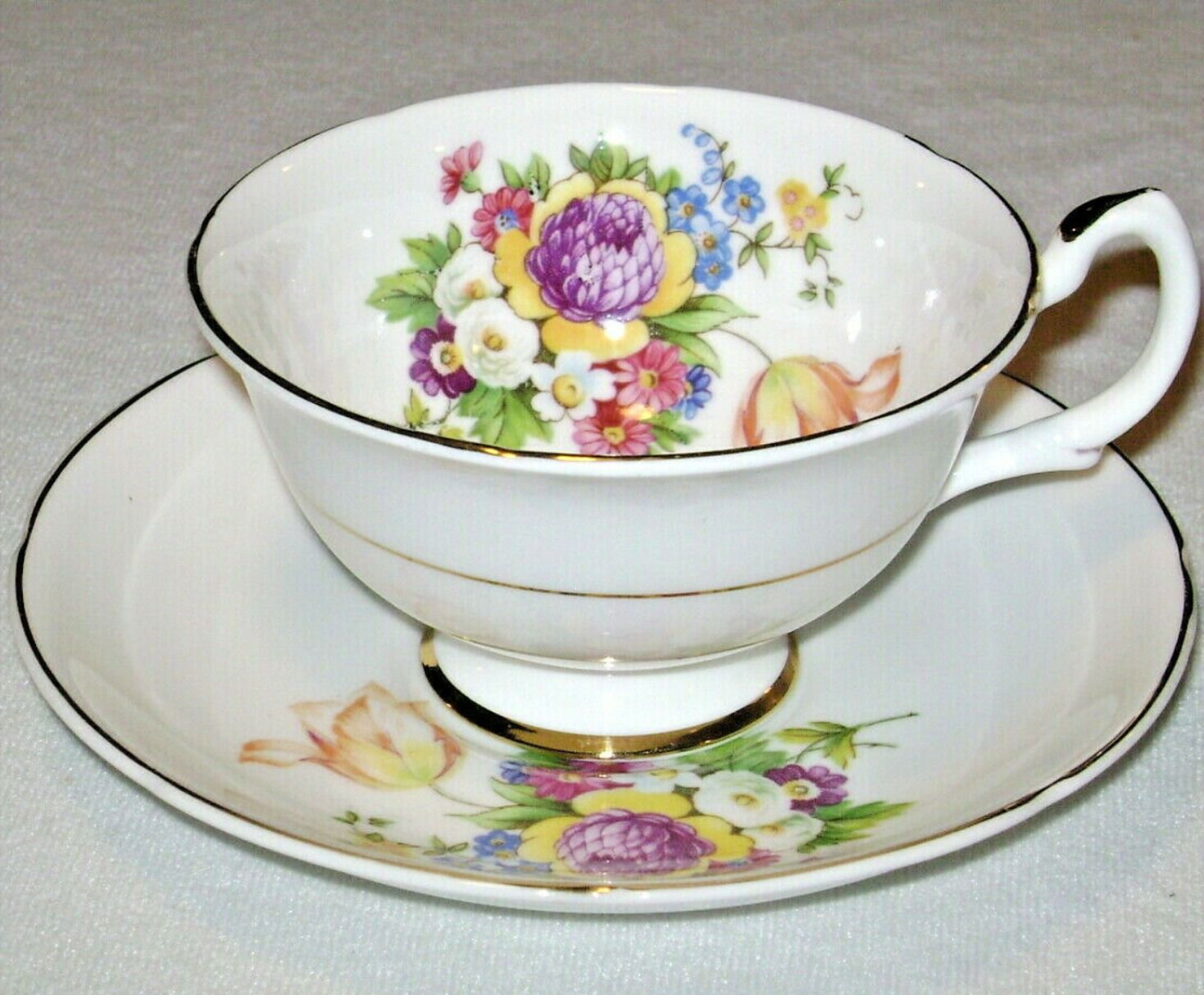 Pin On Vintage Tea Cups And Saucers