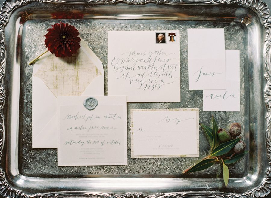 Paper suite and calligraphy by Brown Linen, image by Elisa Bricker. See more in the Winter 2014 issue of Weddings Unveiled: www.weddingsunveiledmagazine.com.