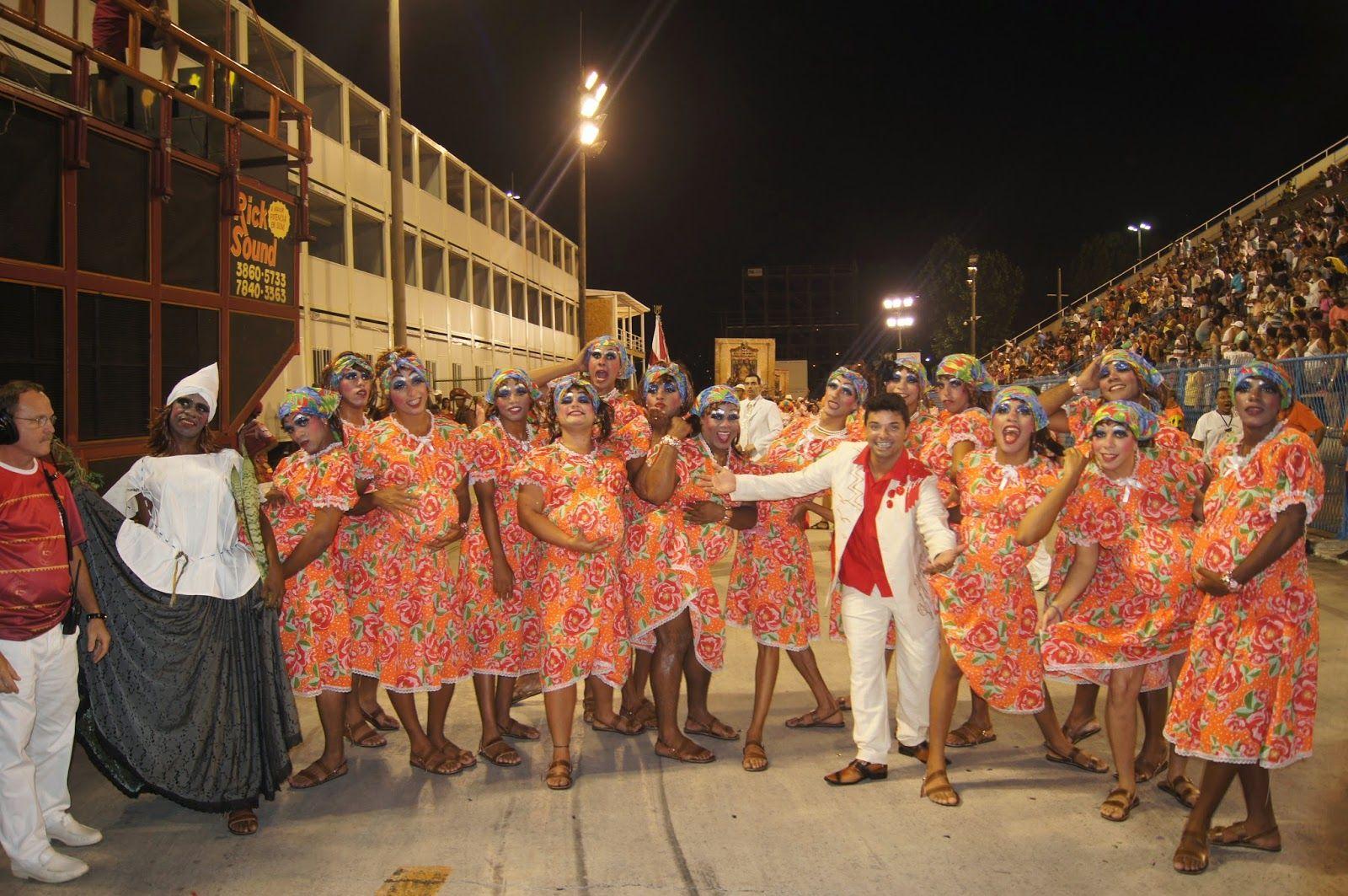 UNIDOS DE PADRE MIGUEL FAZ ENSAIO CONTAGIANTE NA SAPUCAÍ. VEJA AS FOTOS! ~ PORTAL DO SAMBA