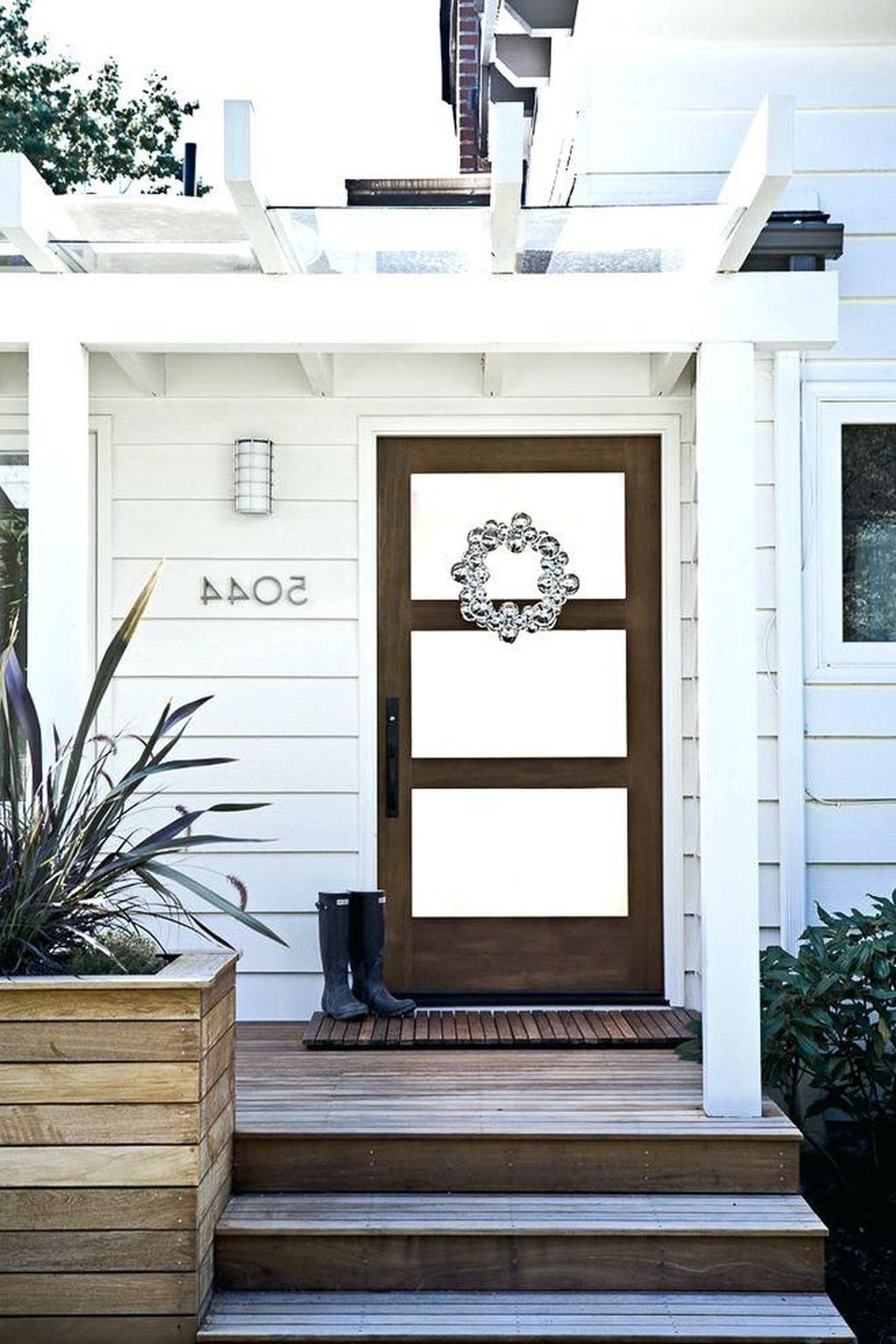 Nyla Free Designs Inc Project Reveal Elbow Park Modern Front Entry Home Entrance Decor Contemporary Home Decor Entryway Inspiration