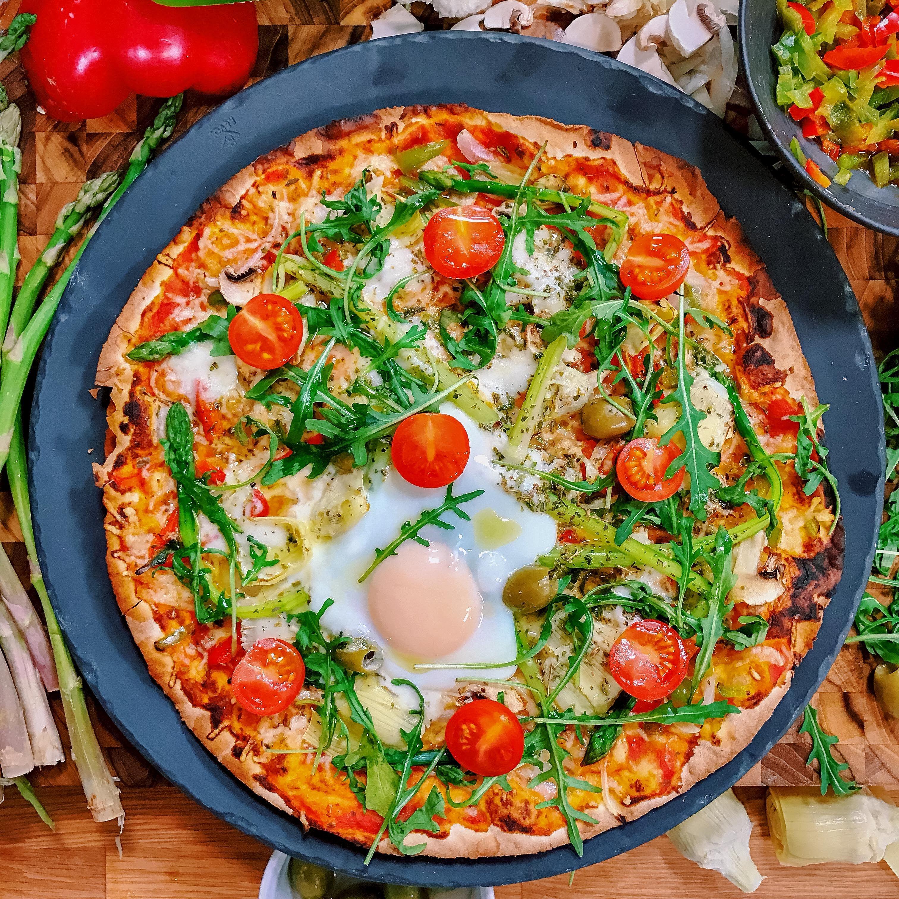 Pizza végétarienne | Recette | Recette pizza, Recette et ...