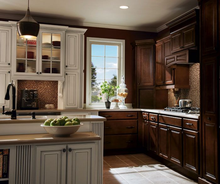 Maple Cabinets In Traditional Kitchen: Homecrest_Cabinets_Traditional_Design_Style