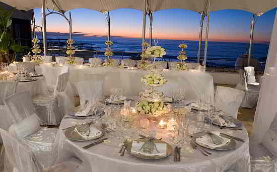 The 5 Star Twelve Apostles Hotel And Spa Offers A Unique Wedding Venue In South Africa At One Of Top Hotels Cape Town Has To Offer