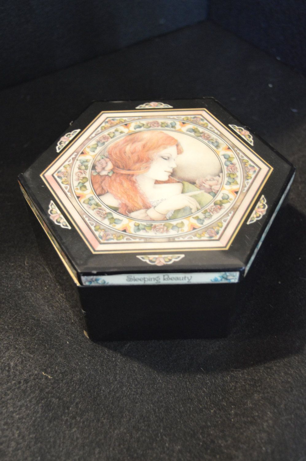 1466 Enesco Long Ago Far Away Sleeping Beauty Musical Jewelry Box
