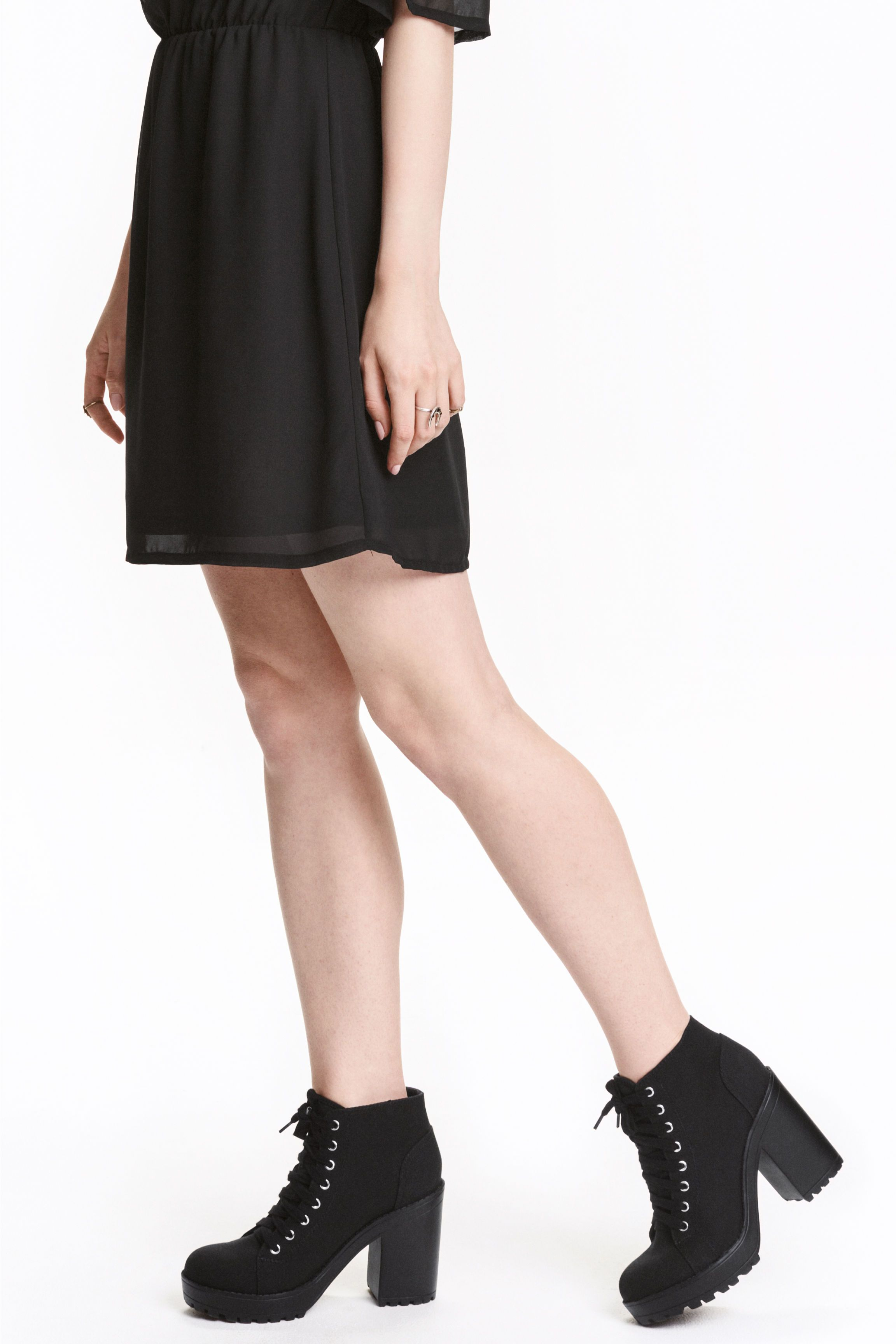 Stivaletti con plateau in tela | Stile di moda, Tela nera e