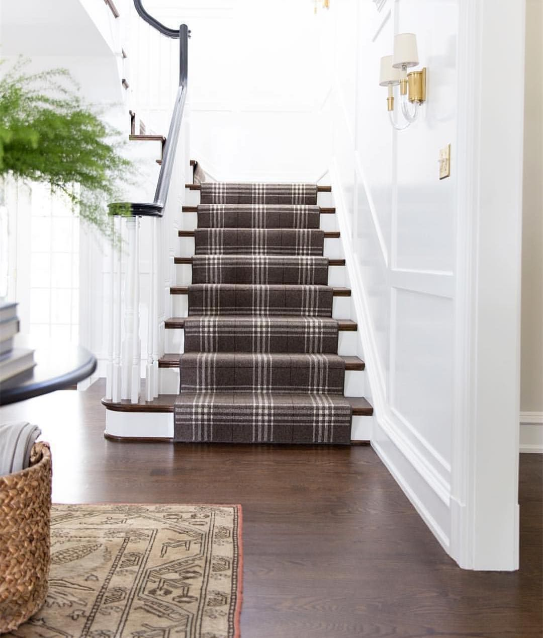 Anyone Else Anxiously Awaiting Fall This Tartan Staircase Is Giving Us Major Autumn Feels Photo Via Roomfortuesday Highstreetmarket Stairs In 2019