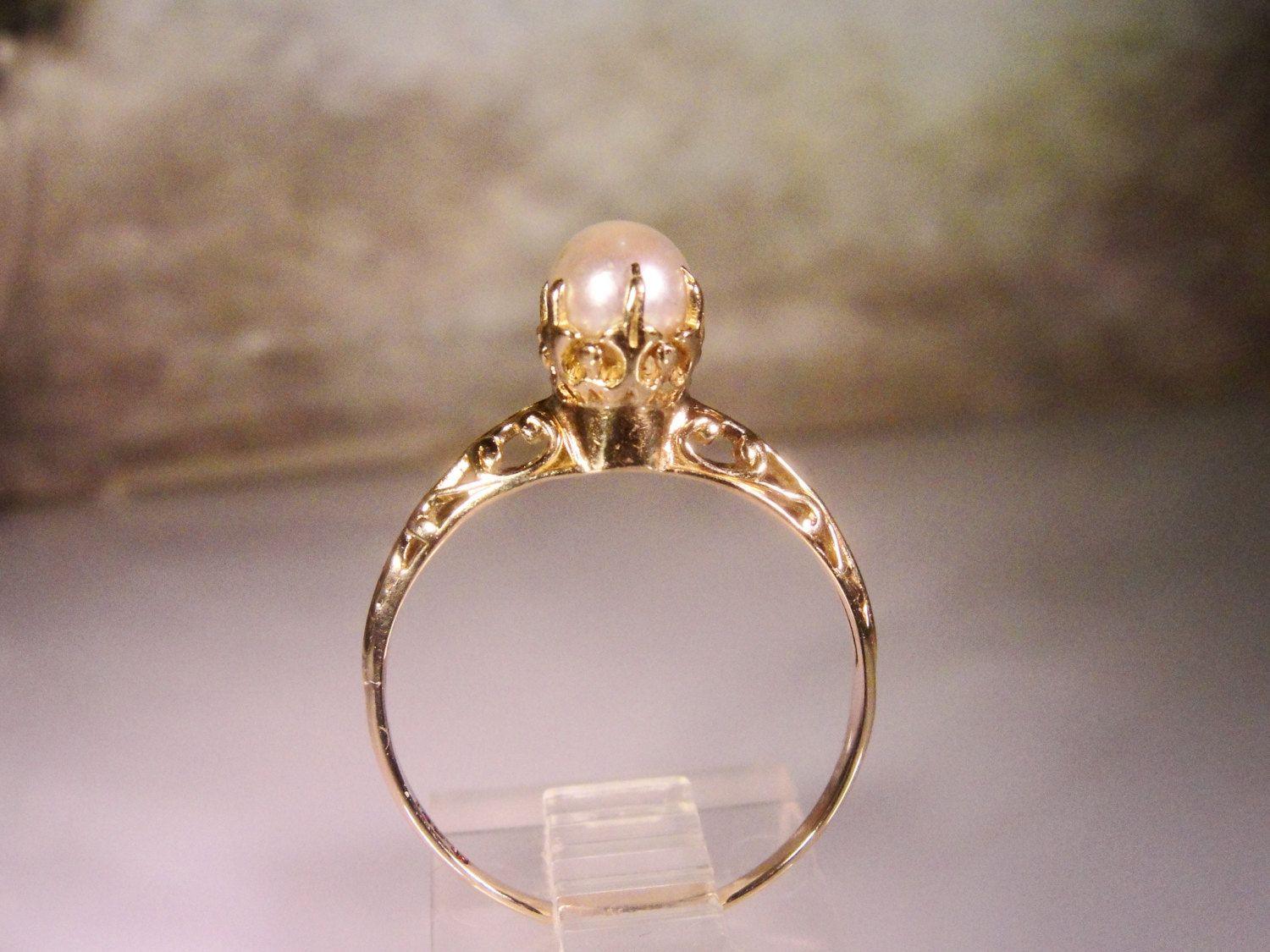 1900c, antique pearl solitaire ring, engagement ring, pearl ring