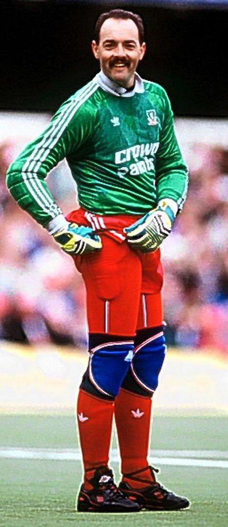 Bruce Grobbelaar Bruce Grobbelaar Football Pinterest Liverpool Soccer pics and