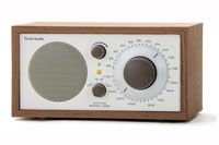 Tivoli Audio Model One bordradio med FM