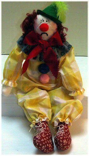 Paulie The Clown  lindawalshoriginalsdolls.net