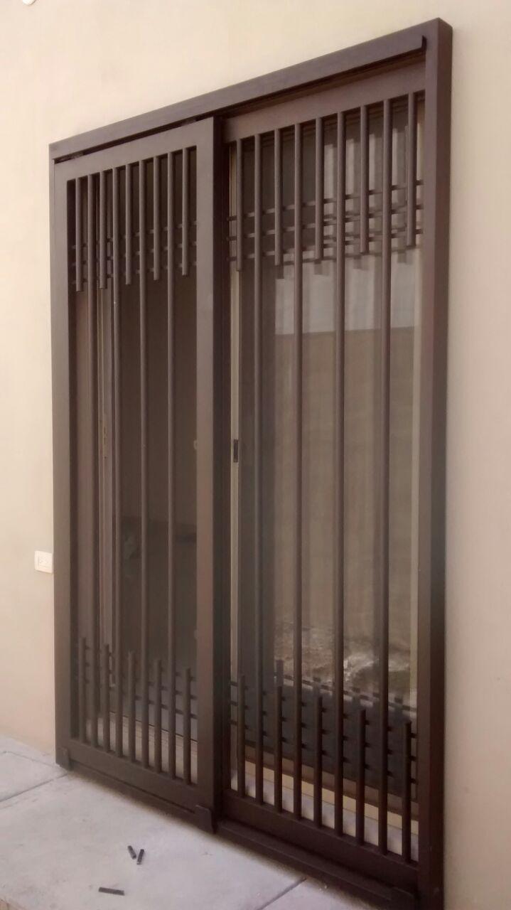 Puertas mosquiteras y corredizas herreria moderna for Puertas corredizas de metal