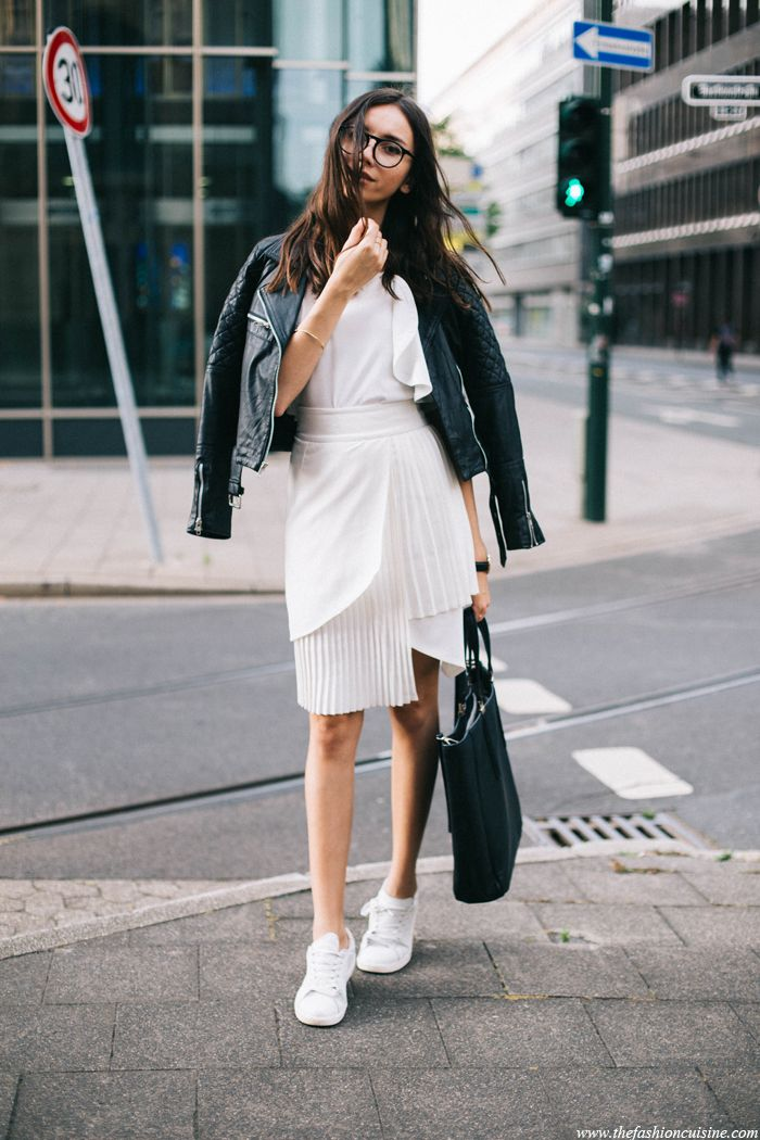 City Lights (The fashion cuisine) | City lights, Street styles and ...