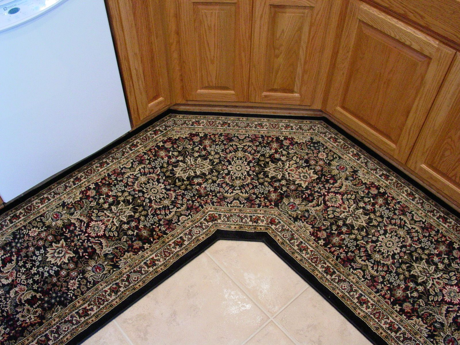 Our Designers At Area Rug Dimensions Can Create Custom Angled Kitchen Runners To Match Your Kitchen Custom Size Y Rug Runner Kitchen Kitchen Runner Rug Runner