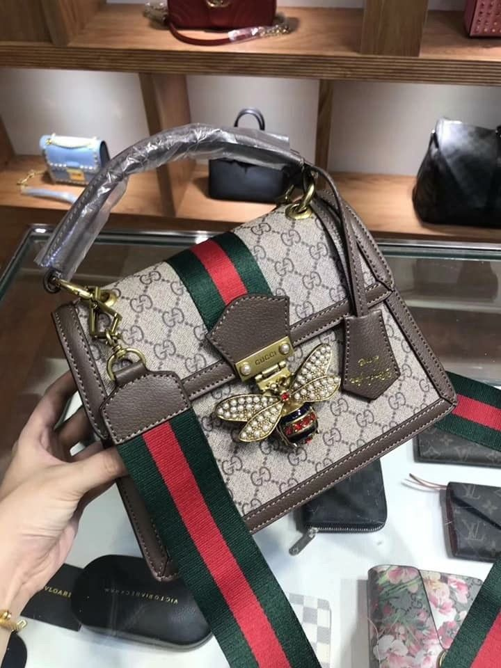 821ee5236b90 Women Gucci Queen Margaret GG Small Top Handle Bag