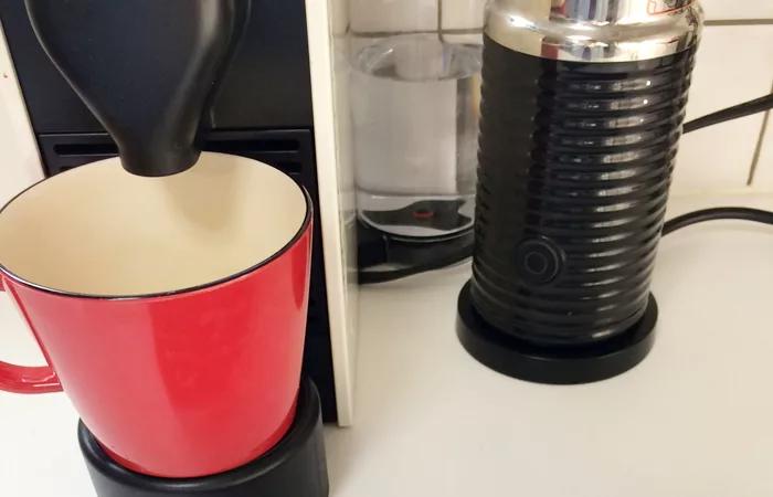 ネスプレッソu ユー バンドルセットc50cw A3bを使ってみた感想 価格 使い方や味を紹介 Coffee Ambassador コーヒーアンバサダー 2020 ネスプレッソ コーヒーメーカー スターバックス カフェ