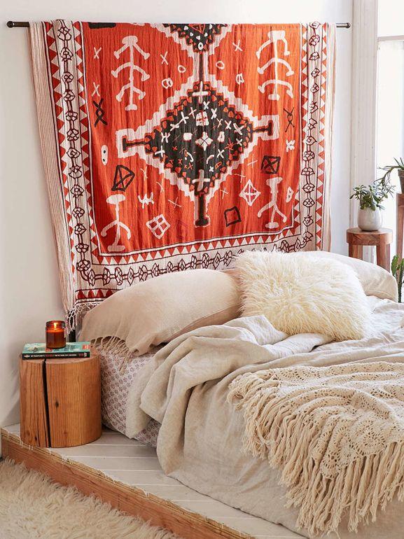 20 alternative alla classica testiera del letto grazia sopraletto schlafzimmer - Cuscini decorativi letto ...