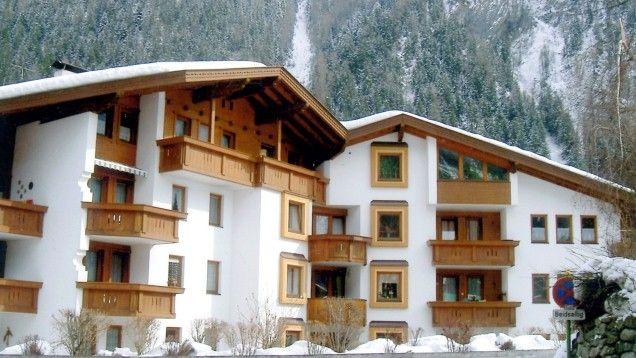 mayrhofen skiurlaub g nstig buchen genie en sie ihren winterurlaub im appartement armin. Black Bedroom Furniture Sets. Home Design Ideas