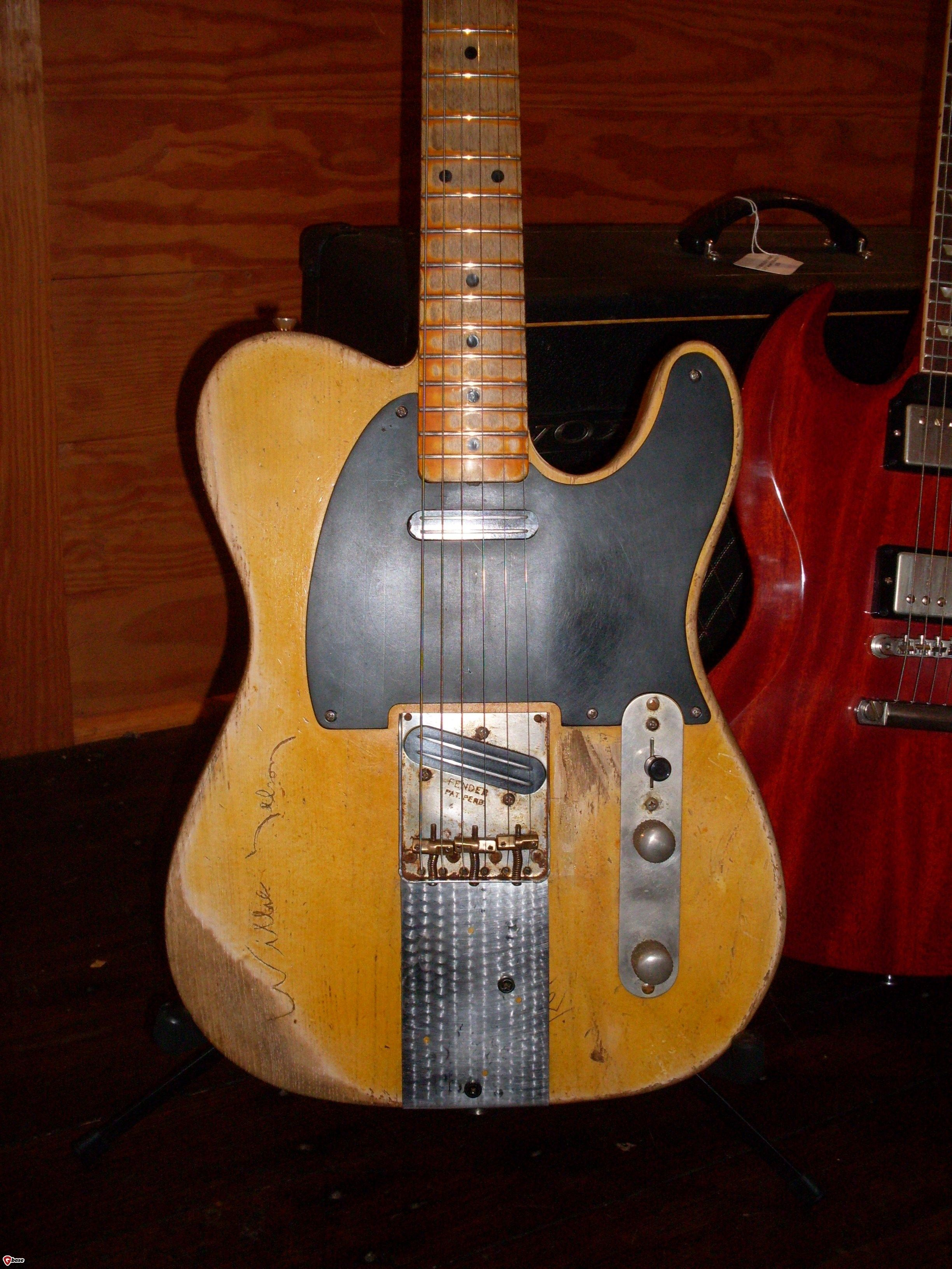d3ee451ec791127aa962e50bd90c767e 1953 fender� telecaster� danny gatton telecaster 2 pinterest danny gatton wiring diagram at crackthecode.co