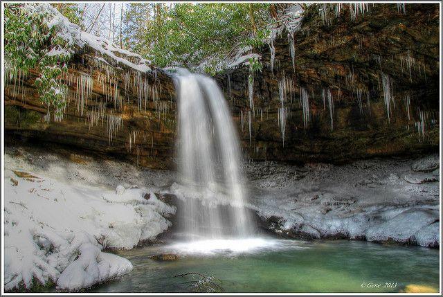 8 Gorgeous Frozen Waterfalls In West Virginia That Must Be Seen To Be Believed West Virginia Waterfall Beautiful Waterfalls