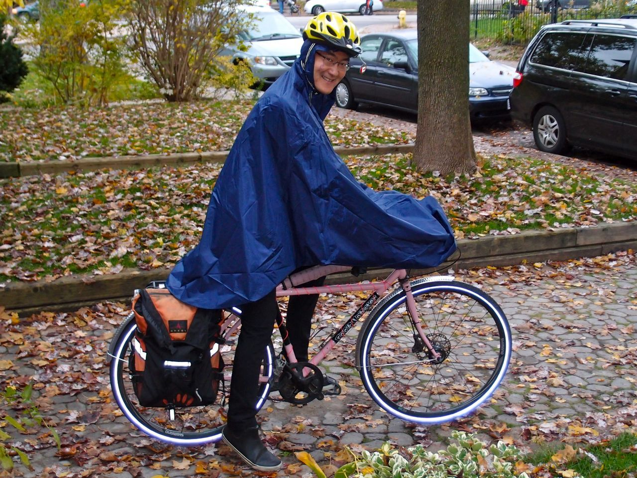 Cleverhood Rain Cape Uk Google Zoeken Men Wearing Capes