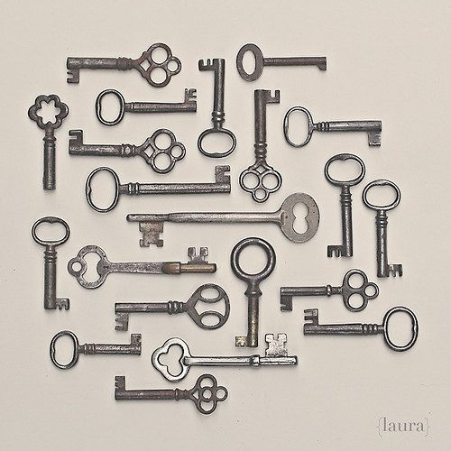 Charmant Vintage Keys, Fine Art Photograph, Home Decor, Cottage Shabby Chic, Fine Art