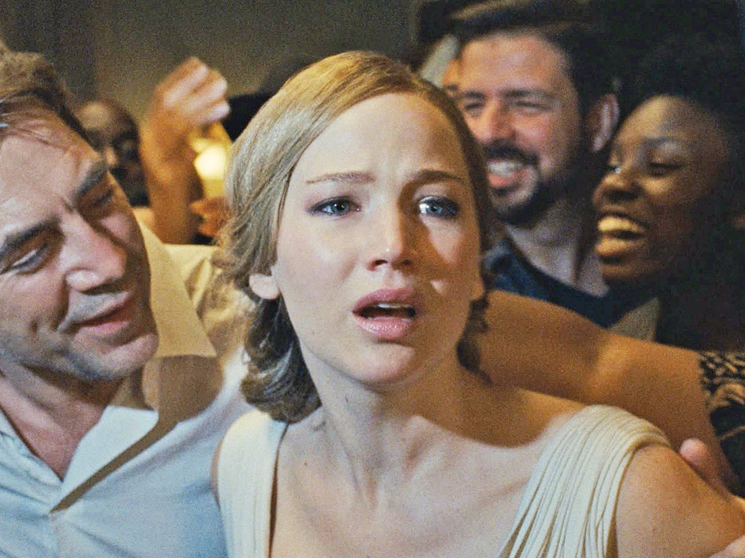 The Director Of Jennifer Lawrence S New Movie Made The Name Lowercase For A Really Dumb Reason Darren Aronofsky Movie Club Jennifer Lawrence