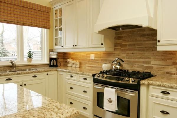 Which Backsplash Tile Goes With Granite Kitchen Ivory Kitchen