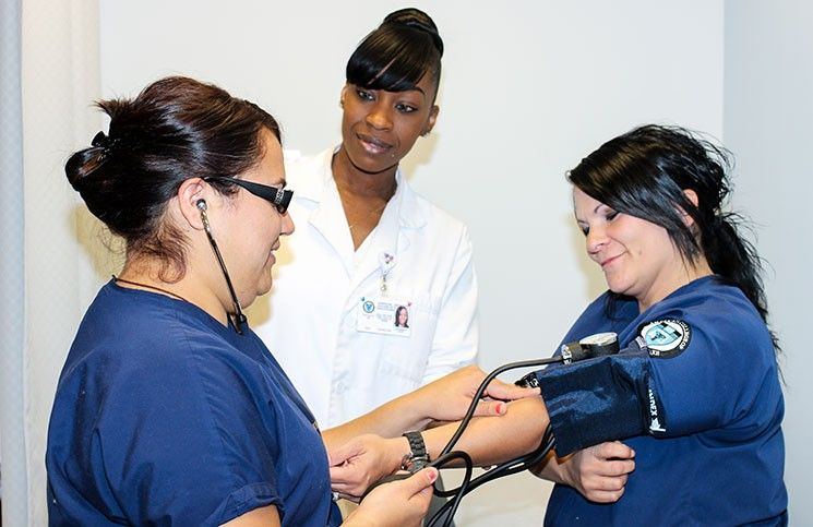 Medical Assistant Jobs (With images) Nursing school